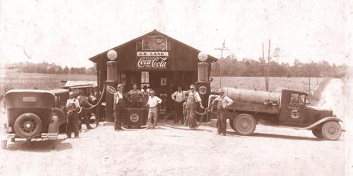 Gulf gas station at Land's Crossroads in 1910s or 1920s