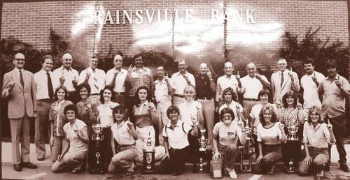 Rainsville Bank commemorates a sports championship
