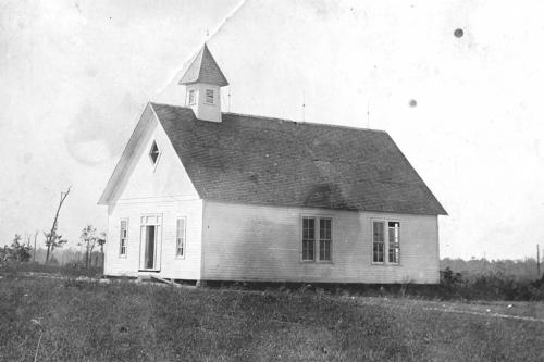 Building served as Rainsville Baptist Church and school