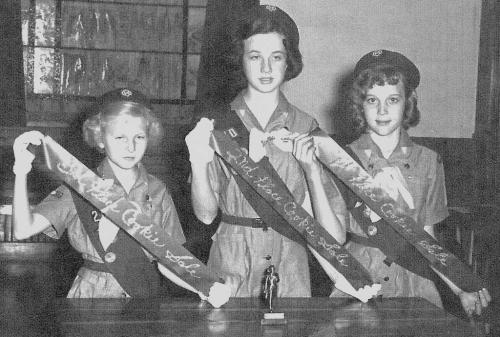 Girl Scout cookie sales leaders - 1961